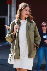 Alexa Chung style…arriving at 3.1 Phillip Lim S/S 2016 NYFW. Celebrity fashion | style icons | knitted dresses | Front Row celebrities | New York Fashion Week street style