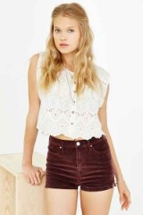 BDG Four-Pocket Pin-Up Corduroy Short in Maroon – As worn by Taylor Swift on Instagram, September 2015. Celebrity fashion | star style | what celebrities wear | shorts