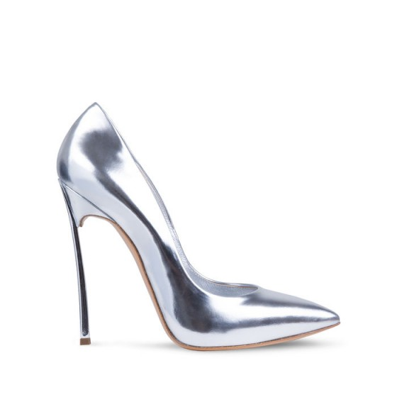 CASADEI Blade Barbarella pumps in silver – as worn by Jennifer Lopez on American Idol, September 2015. Celebrity fashion   star style   designer court shoes   metallic courts   high heels   what celebrities wear  #