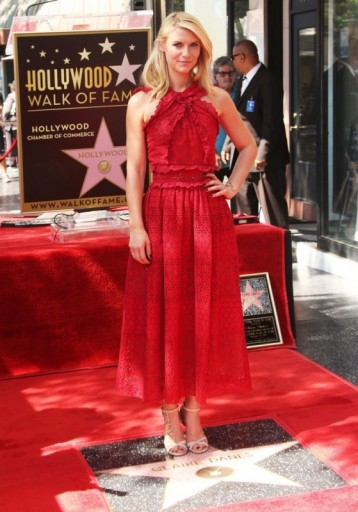 Claire Danes wearing a red Oscar de la Renta lace ruffle dress, was honored with her Hollywood Walk of Fame star, 24 September 2015. Celebrity fashion | star style | designer dresses | events