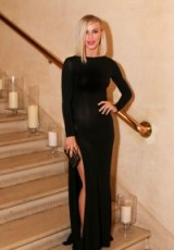 Julianne Hough in a slinky black number attends the 2015 Harper's BAZAAR ICONS Event in NYC, 16 September, 2015. Celebrity style / long dresses / glamorous celebrities / event glamour