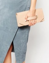 Luxe looks ~ Matt & Nat Abiko Fold Over Clutch with Hand Grab. Luxury looking handbags ~ fashion accessories ~ pale pink bags