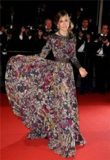 Sarah Jessica Parker wearing a multicoloured Elie Saab gown in Cannes 2011. SJP fashion ~ style icons