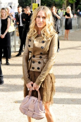 Sarah Jessica Parker wearing a Burberry Prorsum leather double breasted jacket and ruffled lace dress. SJP outfits   style icons - flipped