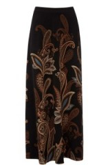 Warehouse paisley maxi skirt. autumn-winter fashion – long 70s style skirts – warm floral prints – autumnal colours – 70's vibe