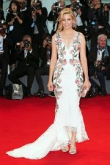 Elizabeth Banks looked stunning in this plunging floral Marchesa gown, attending A Bigger Splash premiere at the Venice Film Festival, September 2015. Celebrity fashion | designer gowns | romantic dresses | star style