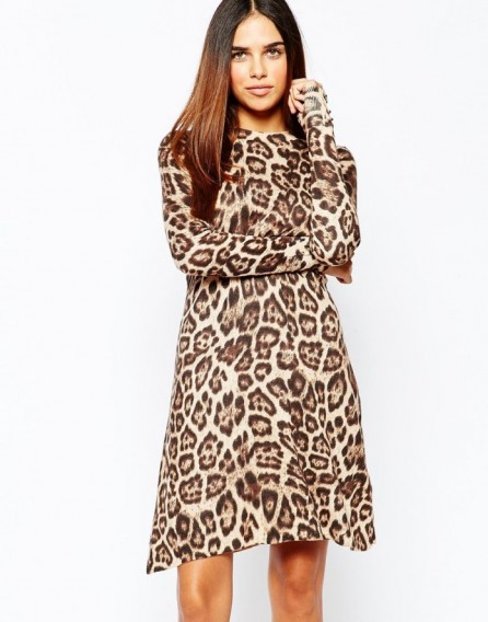 Warehouse leopard print swing dress in camel. Animal prints | long sleeved dresses | autumn fashion