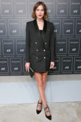 Alexa Chung wears a black double breasted tuxedo jacket & black Gianvito Rossi Femi lace up suede pumps available from mytheresa.com – Front Row at the Balmain x H&M fashion show in New York City on 20 October 2015. Style icon ~ style icons outfits ~ celebrities at fashion shows