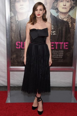 Carey Mulligan Wears Alexander Mcqueen To The New York Premiere Of