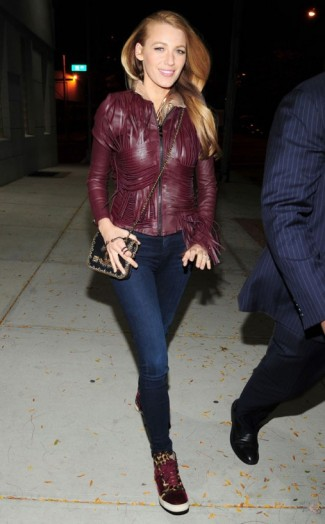 Blake Lively leaves a magazine shoot in New York, 14 October 2015. Celebrity street style | celebrities wearing skinny jeans & burgundy leather jackets