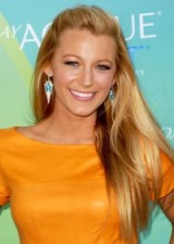 Blake Lively in 2011 with long straight hair. #blakelively celebrity hairstyles – makeup & beauty