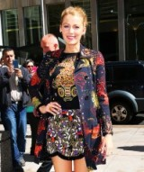 Blake Lively promoting The Age of Adaline in New York, April 2015. #blakelively celebrity style – printed outfits