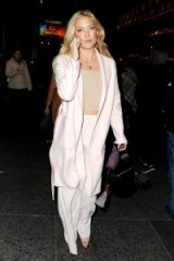 Kate Hudson ~ chic style ~ celebrity outfits