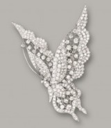Diamond butterfly brooch. Brooches – jewellery – diamonds