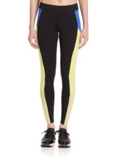 Alo Yoga Ascendant Colorblock Leggings – as worn by Gigi Hadid, October 2015. Celebrity fashion | star style | womens sports clothing | running pants | what celebrities wear