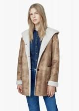 MANGO shearling coat cognac. Autumn / winter fashion – warm winter coats