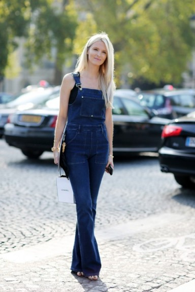 Denim dungarees | casual street style | outfit inspiration