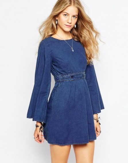 Vero Moda 70's Denim Belted Dress blue. 70s style dresses | on trend fashion - flipped