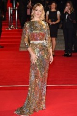 Léa Seydoux ~ glamour ~ French style ~ chic ~ sequins