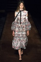 ERDEM Spring/Summer 2016 RTW ~ designer clothes ~ floral dresses ~ catwalk fashion