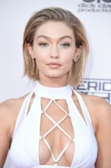 Gigi Hadid's new haircut & makeup at the American Music Awards, Nov 2015. Celebrity style / hair & beauty / hairstyles