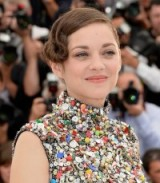 Marion Cotillard's chic updo – French style – hairstyles