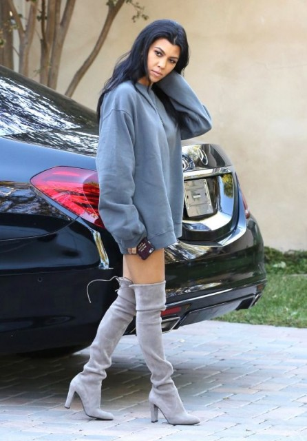Kourtney Kardashian Out In Sherman Oaks Wearing A Light Blue Sweat