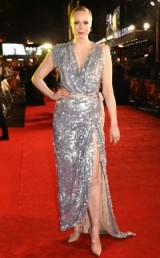I love Gwendoline Christie…great actress & great style. And at 'The Hunger Games: Mockingjay' Part 2 Premiere in London, she certainly looked glam in this sparkling silver Vivienne Westwood sleeveless gown. Celebrity style | red carpet fashion | film premieres | celebrities at events | designer gowns