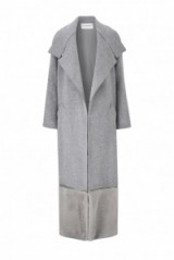 AMANDA WAKELEY – Ito Grey Wool and Shearling Coat – as worn by Miranda Kerr at Heathrow airport, 18 November 2015. Celebrity fashion | designer coats | what celebrities wear | star style