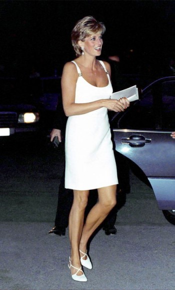 Princess Diana wearing a white Versace dress and strappy slingback shoes, Italy 1995. Diana's style ~ royal fashion ~ designer dresses ~ outfits