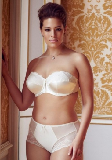 Now that is what I call lovely champagne lingerie! #underwear #bra #knickers