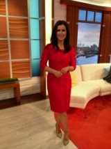 Susanna Reid looking great this morning! #lacedress