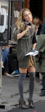 Carrie Bradshaw style ~ wearing over the knee socks and a long cardigan ~ SATC fashion ~ Sex and the City outfits ~ SJP ~ Sarah Jessica Parker
