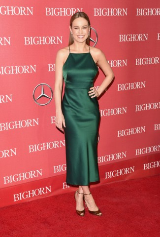 Brie Larson in a slinky forest green dress – 27th Annual Palm Springs International Film Festival Film Festival Awards Gala on January 2, 2016 in Palm Springs, California – celebrity dresses – red carpet events – women with style