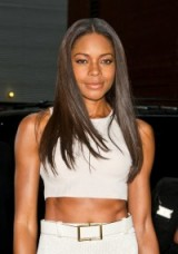 Naomie Harris with long sleek shiny hair. Celebrity hairstyles | star style make up and beauty
