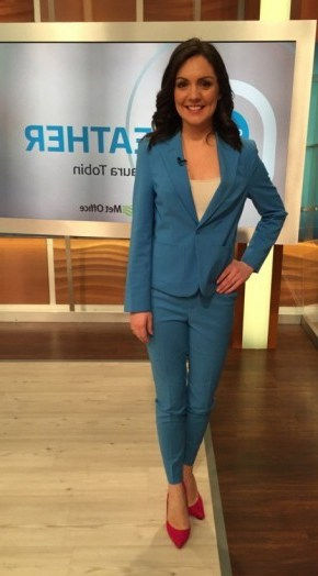 Laura Tobin looking chic in a Next.co.uk suit and DuneLondon.com shoes #stylish - flipped