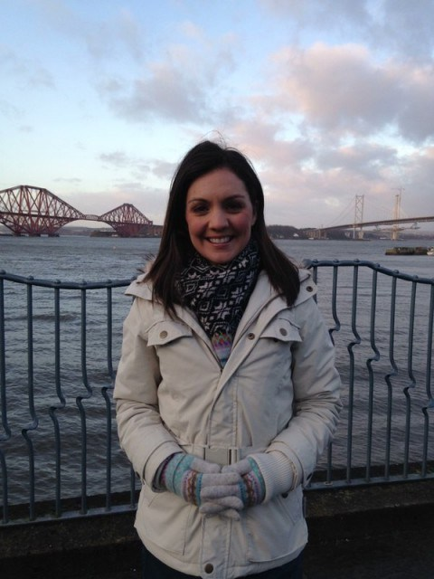 Laura Tobin looked wrapped up warm this morning! - flipped
