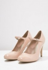 Nude patent Mary Jane pumps ~ Mary Janes ~ high heels ~ pale pink shoes ~ classic style