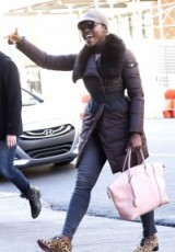 stylish Lupita Nyong'o ~ women with style ~ celebrity street style
