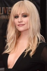 Pixie Lott's long blonde hair and heavy fringe ~ celebrity hairstyles