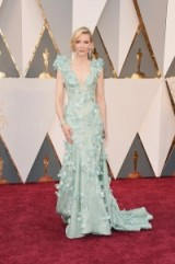 Cate Blanchett in Armani Privé – 2016 Oscars gowns – red carpet looks