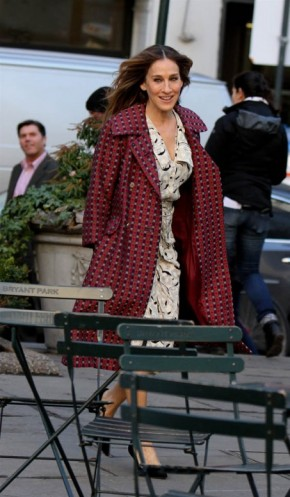 Sarah Jessica Parker on the set of Divorce in New York, 2 February 2016 ~ SJP style