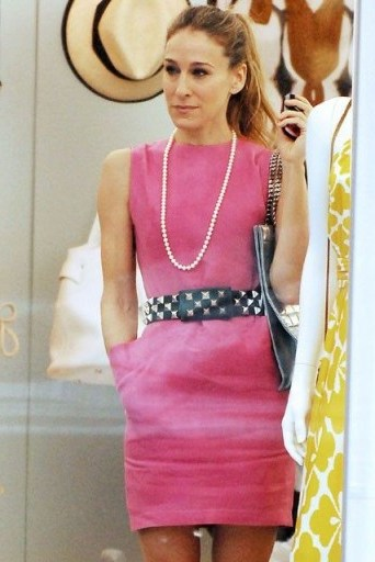 Carrie Bradshaw's pink sleeveless shift dress with wide pyramid stud belt ~ Carrie Bradshaw style ~ outfits ~ high ponytail ~ accessories ~ dresses - flipped