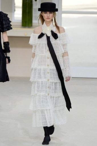 Chanel Ready To Wear F W 2016 Pfw White Layered Dresses