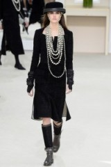 Chanel Ready to Wear F/W 2016 PFW – chic fashion – black & silver – runway outfits – winter trends – luxury clothing