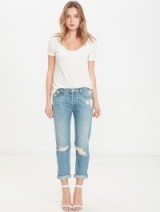 MOTHER The Vagabond Crop Hijacking The Runway / cropped jeans / slim boyfriend / destroyed denim / ripped fashion / keep it casual