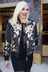 Gwen Stefani floral bomber jacket. Star style jackets | celebrity fashion