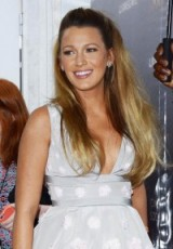Blake Lively's pregnancy style – celebrity hairstyles & make up – Blake Lively glamour & beauty