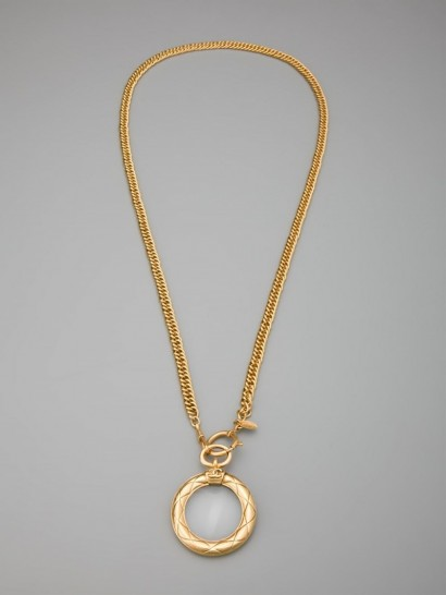 CHANEL VINTAGE circle pendant necklace / luxe jewelry / designer fashion jewellery / round pendants / statement necklaces