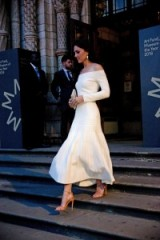 Catherine Duchess of Cambridge wearing a white off the shoulder dress by Barbara Casasola with ankle strap sandals, while attending a dinner at the Natural History Museum in London, July 2016 ~ Kate Middleton dresses ~ Kate's style ~ royal outfits